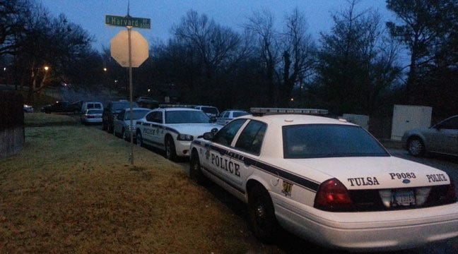 Tulsa Police Standoff Ends, Search On For Suspect