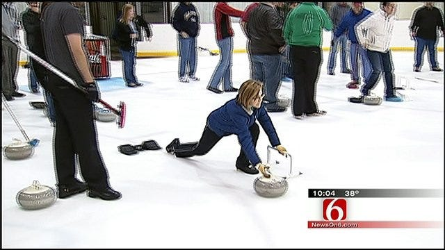 Rookies Tryout For New Tulsa Curling Club