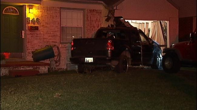 Man With Mobile Meth Lab Leads Police On Chase, Slams Into Tulsa Home