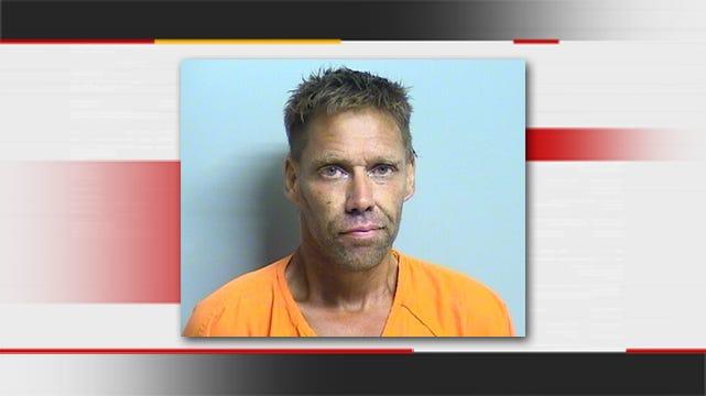 Tulsa Neighbors Capture Burglary Suspect