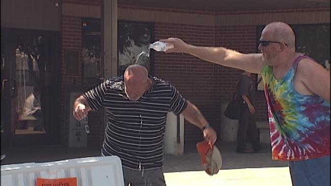 Tulsa Church Group Hands Out Free Bottles Of Water In Extreme Heat