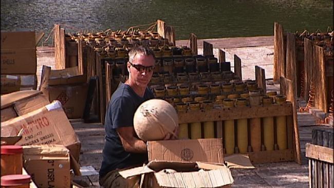 Pyro Techs Prepare For Duck Creek Fireworks Show