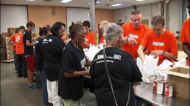Tulsa Food Bank Gives 'Senior Servings'
