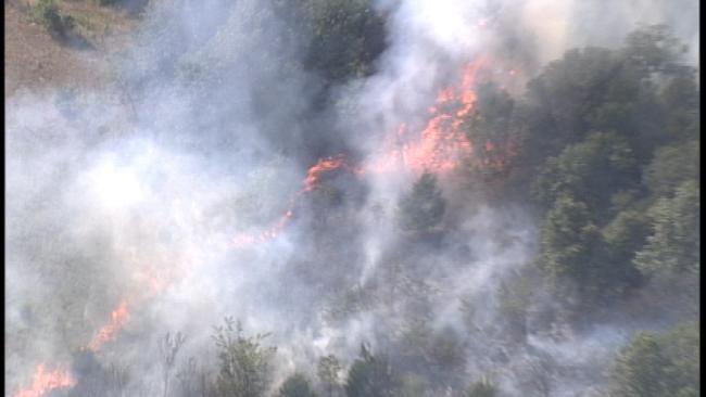 Large Grass Fire Starts in Sapulpa Hay Field