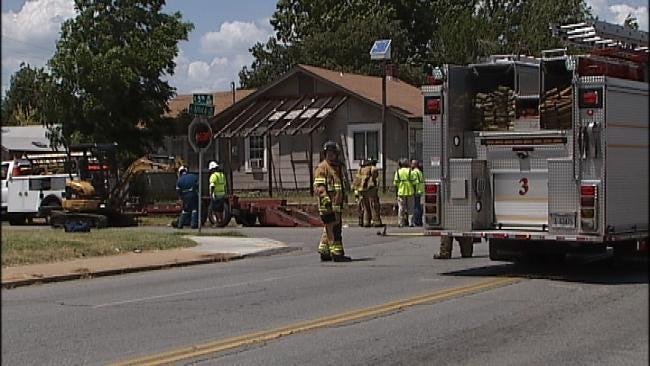 Punctured Gas Line Closes Part Of Utica Avenue