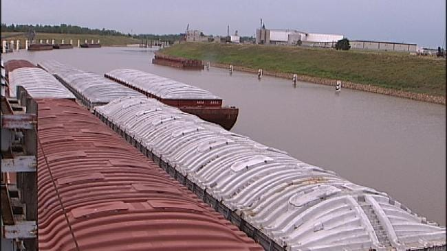 Drought-Ravaged Water Levels Impacting Some Barge Traffic
