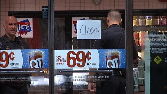 North Tulsa Convenience Store Clerk Robbed At Gunpoint