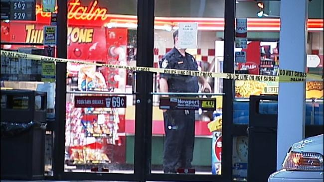 Robber Fires Gun Inside Sand Springs Convenience Store