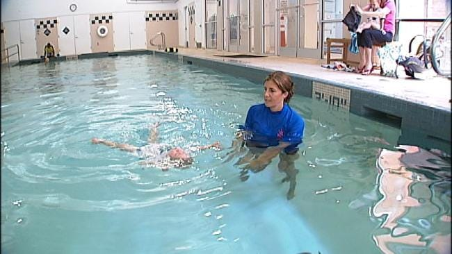 To Prevent Drowning, Class Teaches Infants Self-Rescue Skills