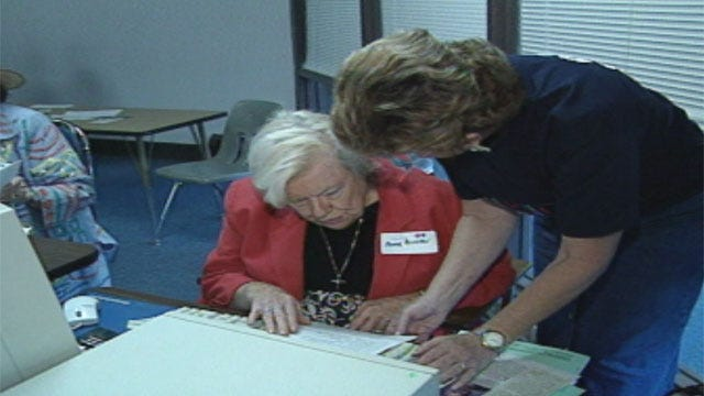 Oklahoma Anti-Fraud Group Holds Summits To Help Seniors