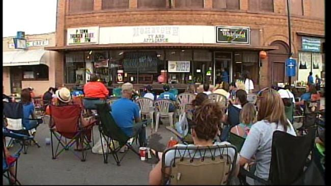Pawhuska Residents Bring Thunder Alley Closer To Home