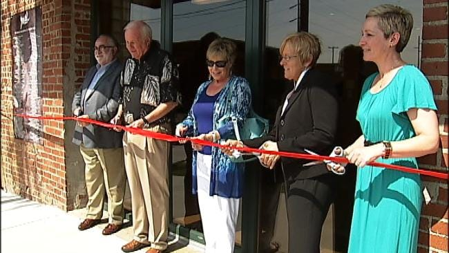 Youth Services Open A New Center For Homeless Youth