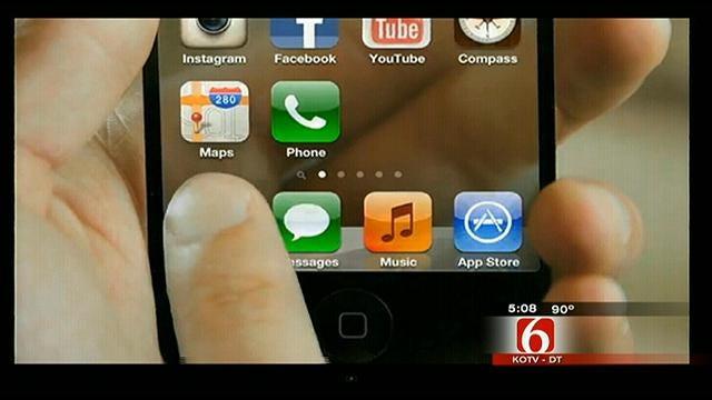 Coweta Teen Creates Viral iPhone 5 Video