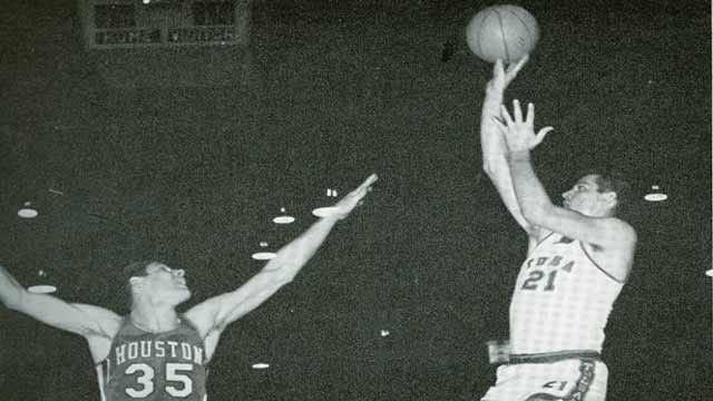 Tulsa Basketball Hall Of Fame Member David Voss Dies At 72