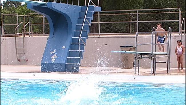Lifeguard Shortage May Keep Some Tulsa City Pools Closed