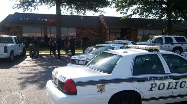 Police: New Boyfriend Shoots Ex-Boyfriend Outside Tulsa Bank