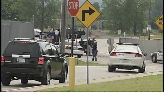 Suicidal Gunman Surrenders Near Sand Springs Walmart