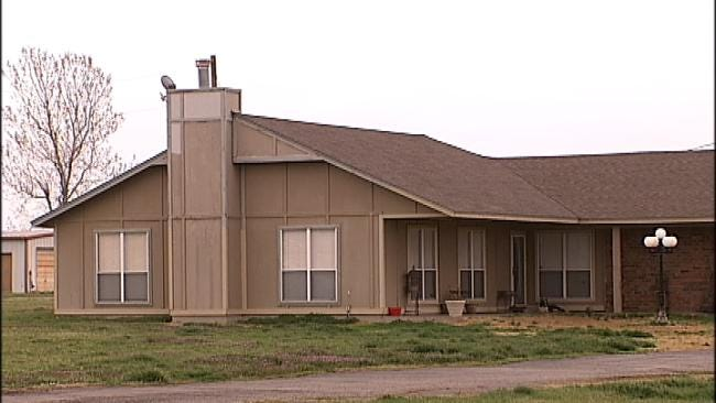 Affidavit: Osage County Couple Forced Children To Eat Vomit, Manure