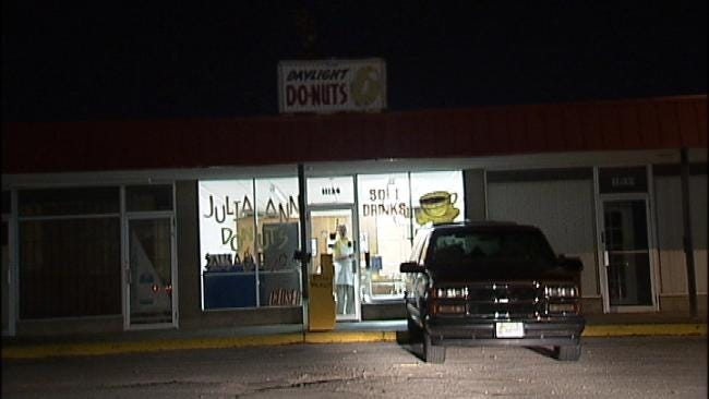 Donut Shop Vandals Open Gas Valve, Risk Owner's Life