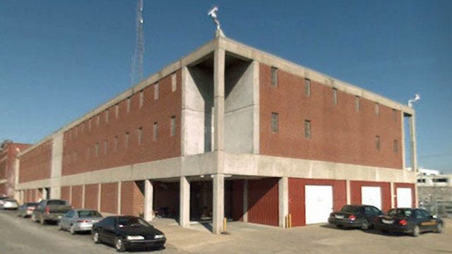 Former Muskogee County Jailer Pleads Guilty To Assaulting Inmate