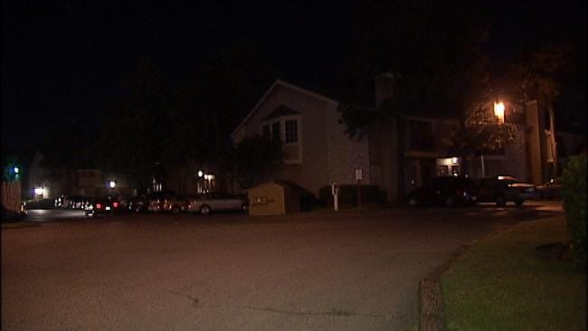 Tulsa Police: Shotgun-Toting Robbers Strike Twice, Take Only Cell Phone