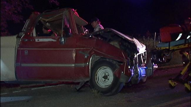 Police: Driver Abandons Crashed Pickup Truck In East Tulsa