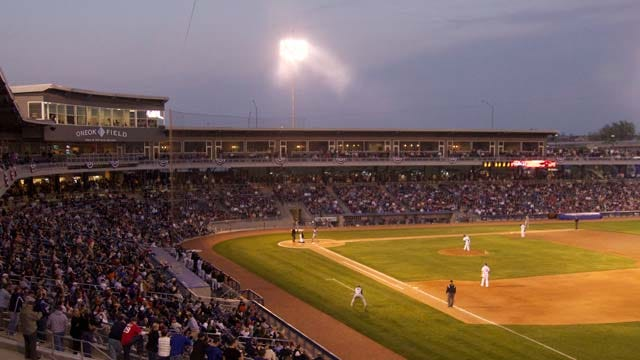 Tulsa Drillers Pitch In To Help Oklahoma's Hungry