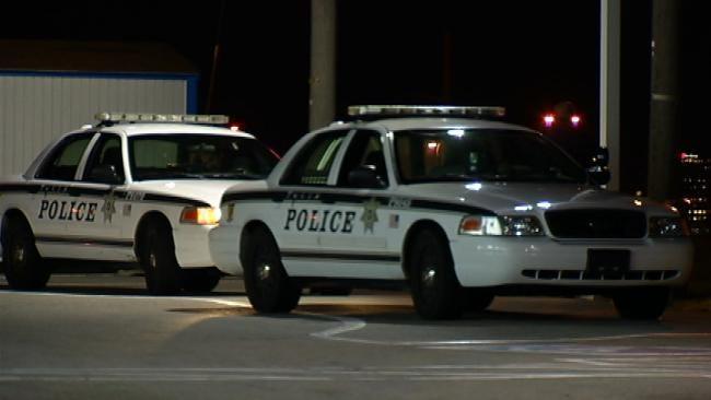 Shooting Victim Stumbles Into Tulsa Whataburger For Help