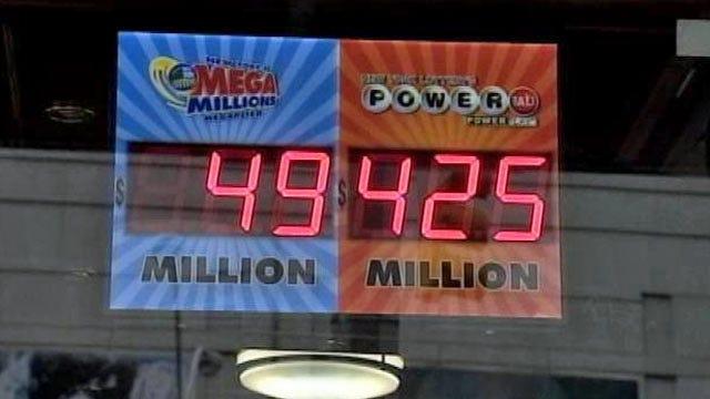 Powerball Jackpot Climbs To Record $425 Million