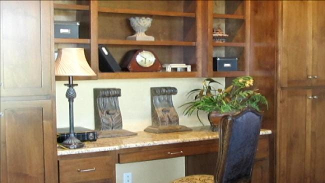 Decorations Worth More Than $25,000 Stolen From Model Home In Bixby