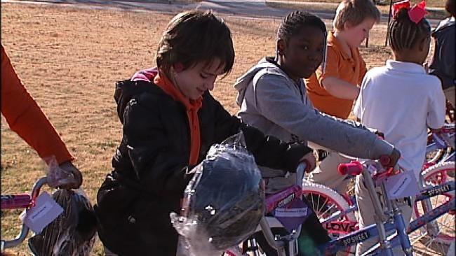 Dozens Of Tulsa Elementary Students Receive New Bikes