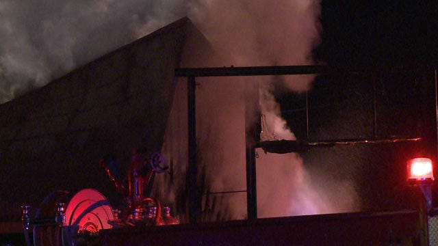 Eastern Oklahoma Firefighter Injured During Building Fire