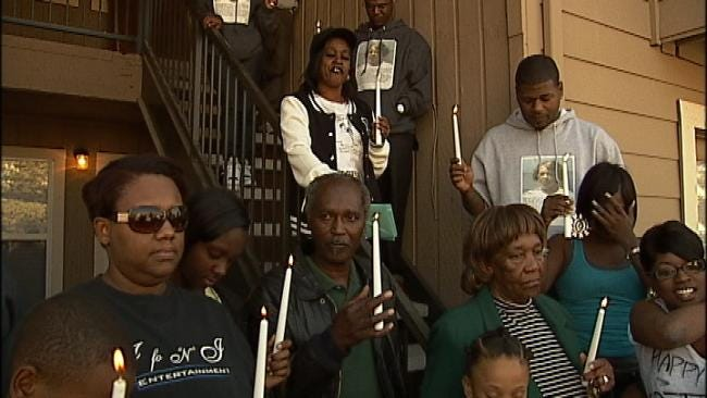 Family Of Woman Missing 6 Years Keep Memory Alive With Candlelight Vigil