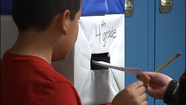 Green Country Students Vote In Mock Elections
