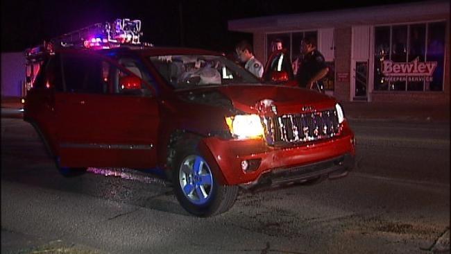 Driver Arrested After Crashing SUV Into Tulsa Utility Pole