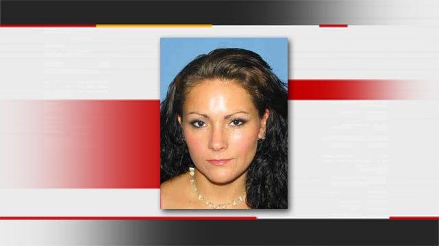 Warrant Issued For Keota Woman Accused Of Stabbing Ex-Boyfriend's Girlfriend