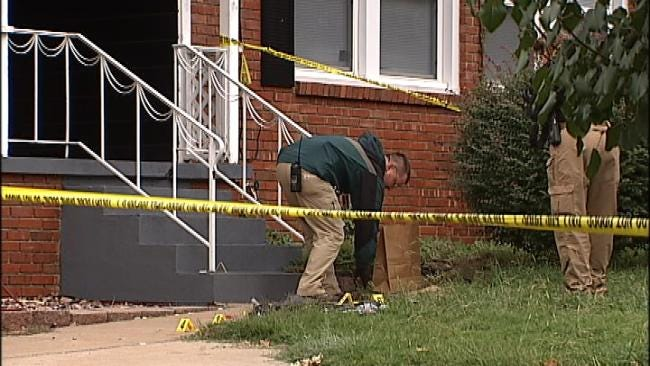 Report: Man Arrested For Stabbing Mother Had Blood On His Clothes