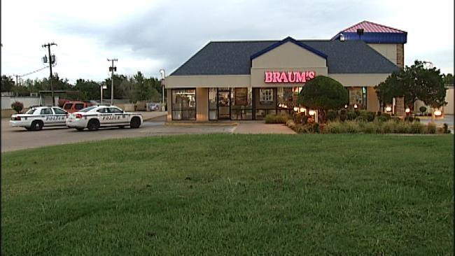 Tulsa Braums Robbed At Gunpoint