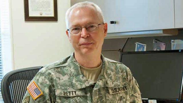Last Vietnam Veteran In Oklahoma National Guard To Retire