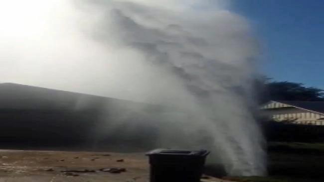 High Pressure Water Line Break Leaves East Tulsa Neighborhood Dry