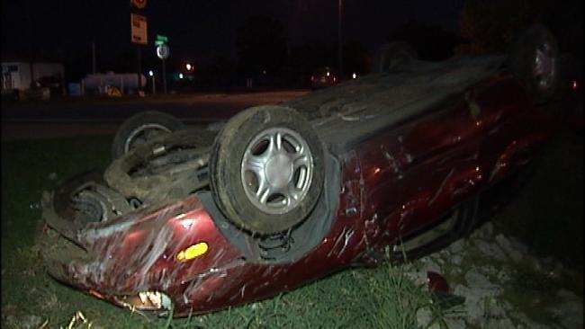 Tulsa Police Respond To Rollover Wreck