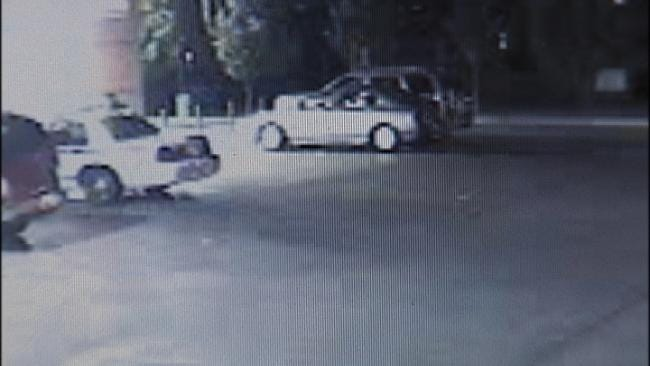 Tulsa Police Look For QuikTrip Car Burglar
