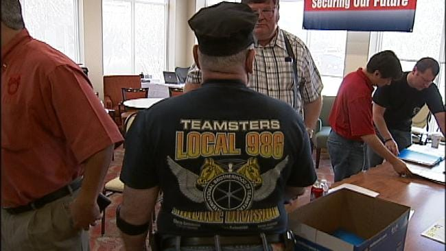 American Airlines Mechanics Rally For Break From TWU