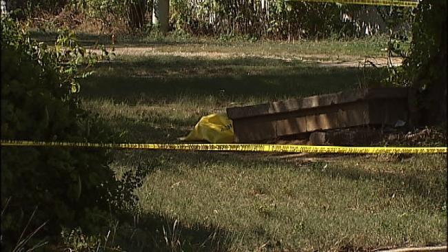 Tulsa Woman Finds Man Dead On Sidewalk While Walking Dog