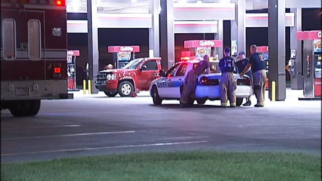 Early Morning Standoff At Owasso QuikTrip Ends With Arrest