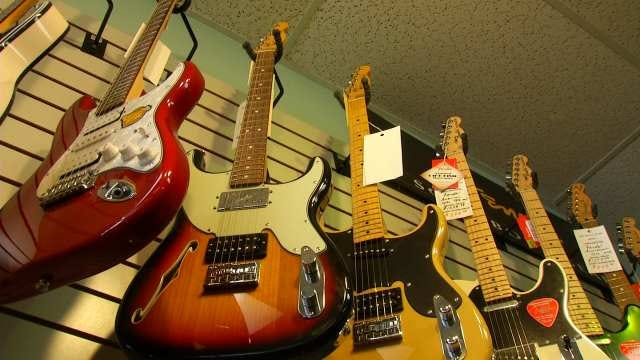 Police Recover $1,600 Guitar Stolen From Tulsa Store