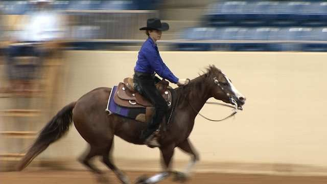 Ariat Tulsa Reigning Classic Underway At County Fairgrounds