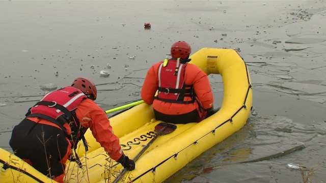 Jenks Firefighters Train For Rescues On Thin Ice