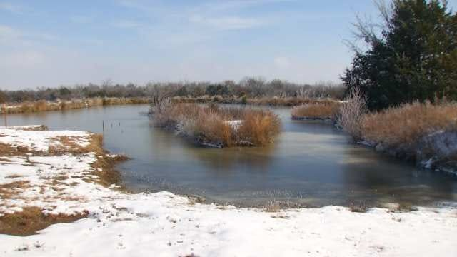 Rescuers Near Icy Pond Find Naked Checotah Man Inside Guitar Case