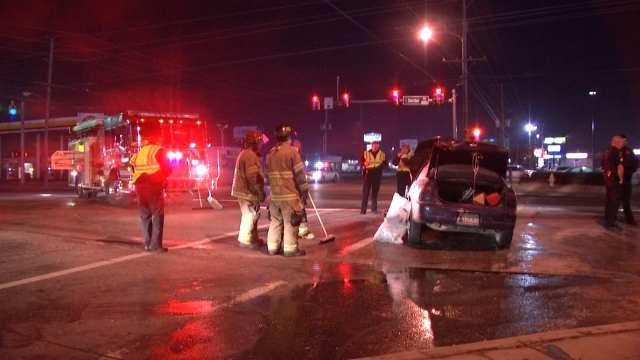 One Injured In Overnight Tulsa Crash At 31st And Sheridan
